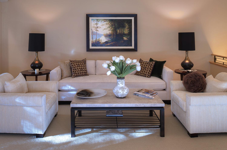 Living Room 4b.jpg