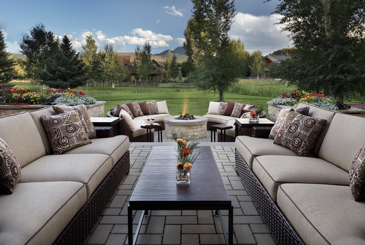 Outdoor Seating-Fire Pit.jpg