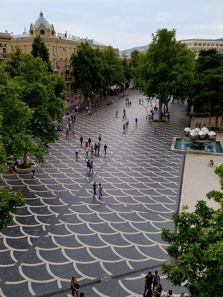 Azerbaijan: Baku Market Square