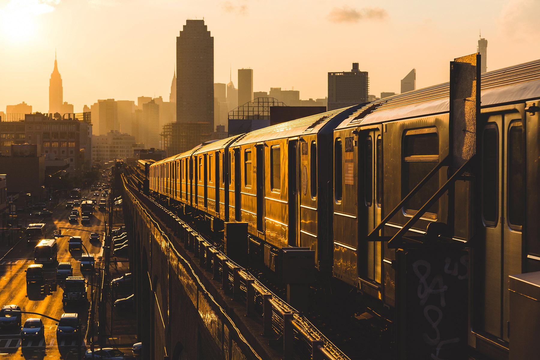 Subway_Manhattan.jpg