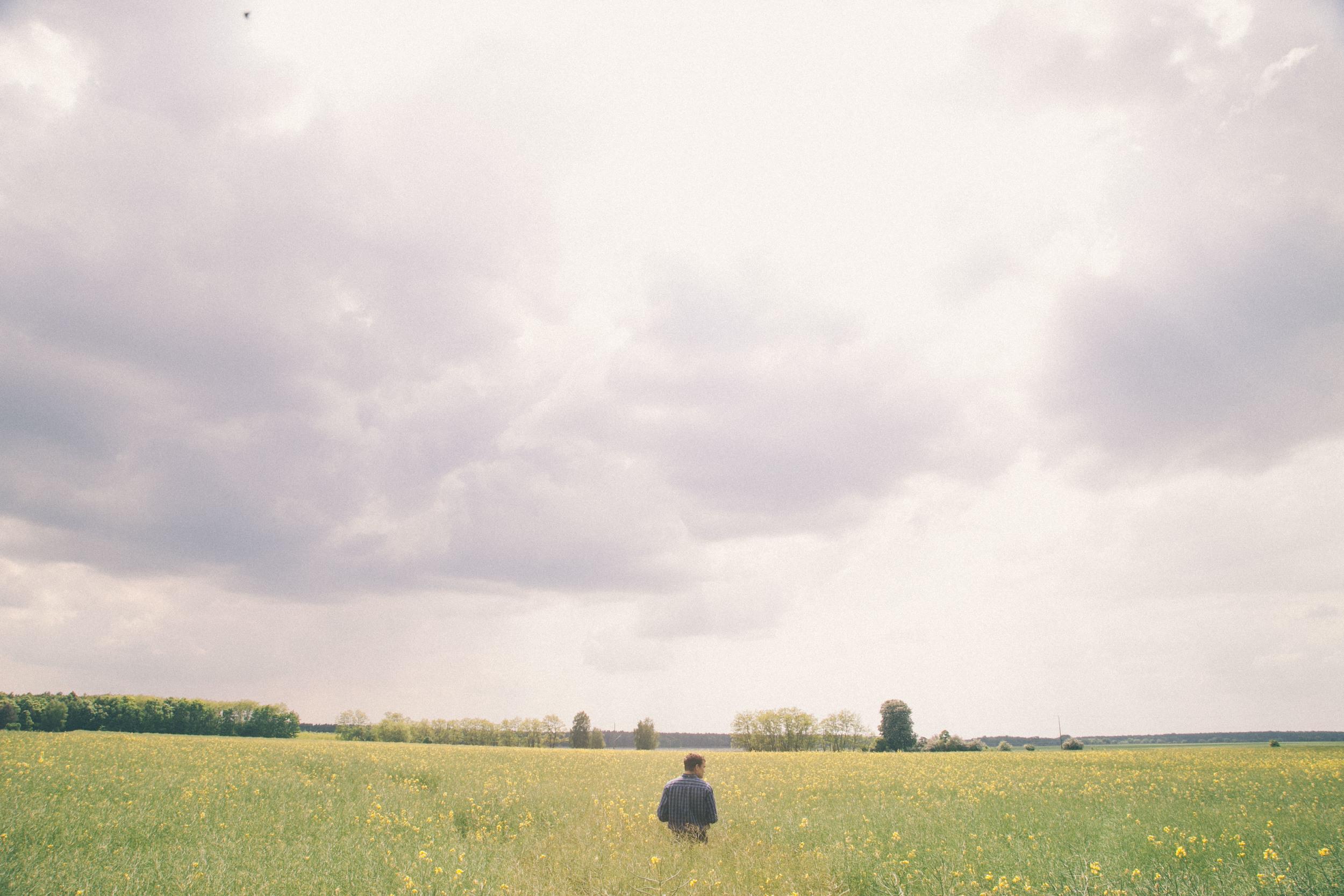 Oehna Germany Field Portrait