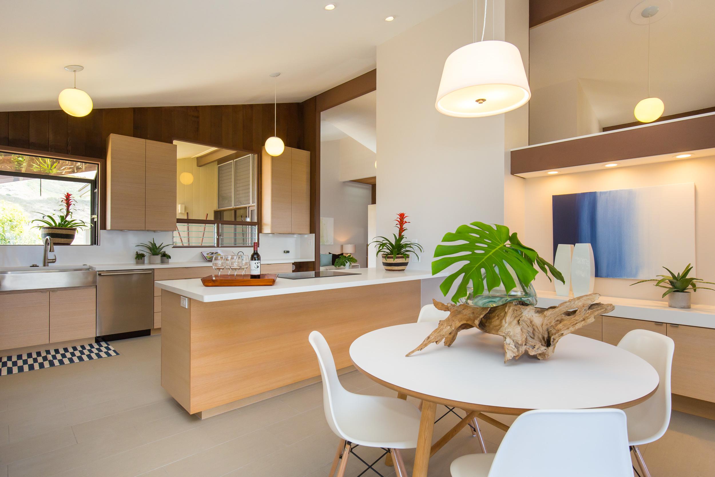 1638 Laukahi St. Luxury Home Staging Hawaii, Home Staging Hawaii, Inouye Interiors LLC,Best Home Stagers Hawaii, Home Stagers in Hawaii, Stagers Hawaii, Home Stager Hawaii, Luxury Home Stager Hawaii