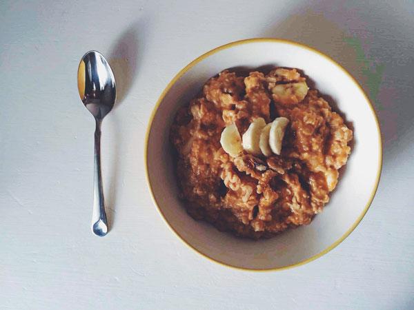 Oats-with-spoon.jpg