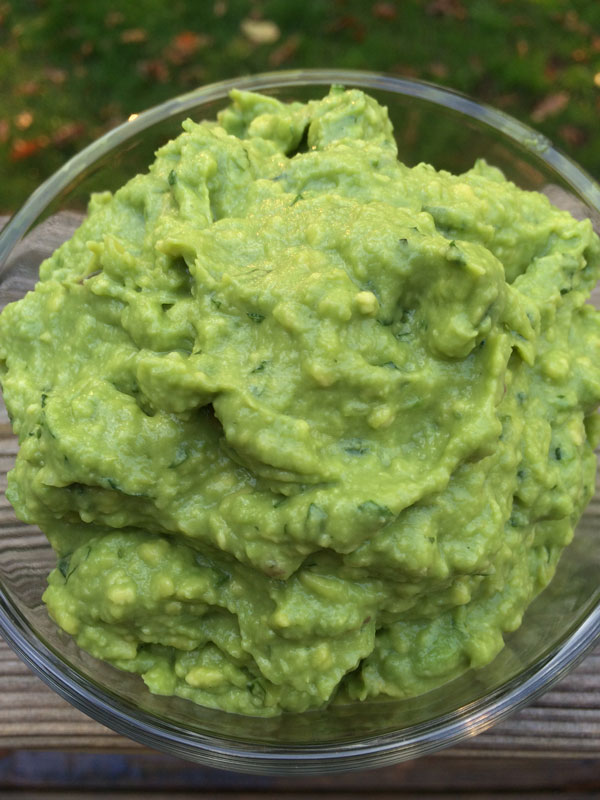 Easy Guacamole | via Frame of Reference