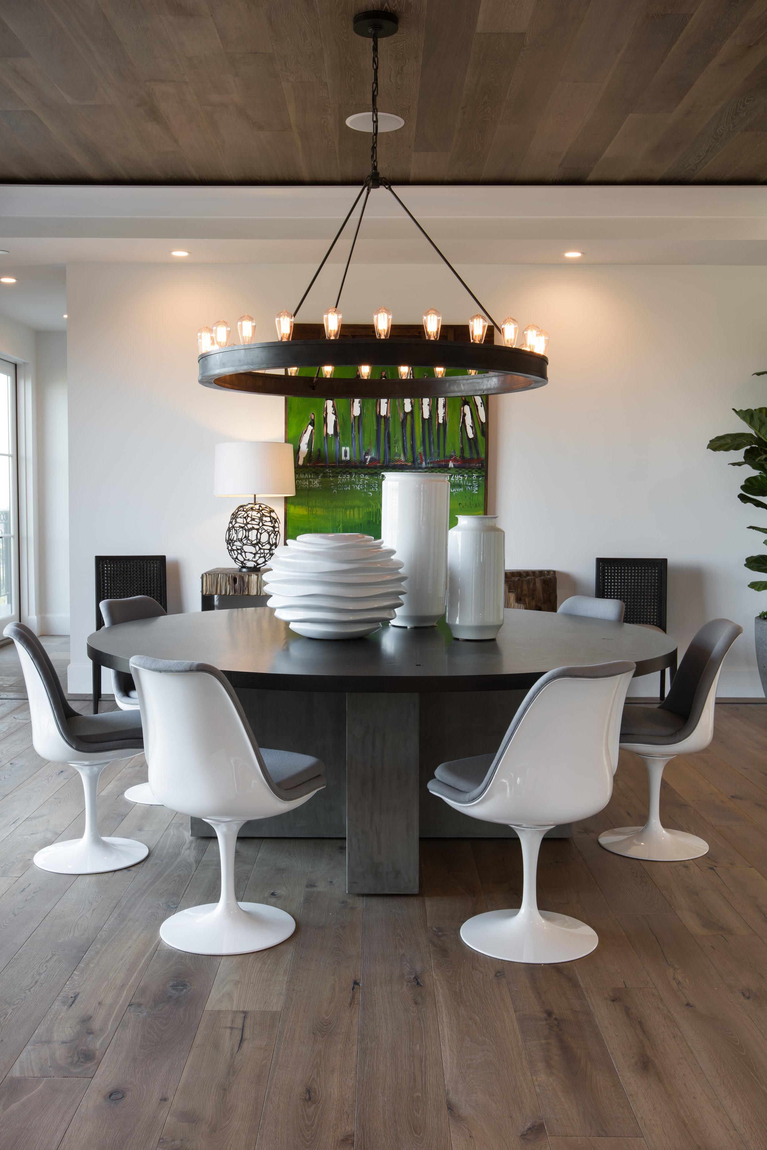 In the Spotlight by Denise Morrison Interiors, Dining Room