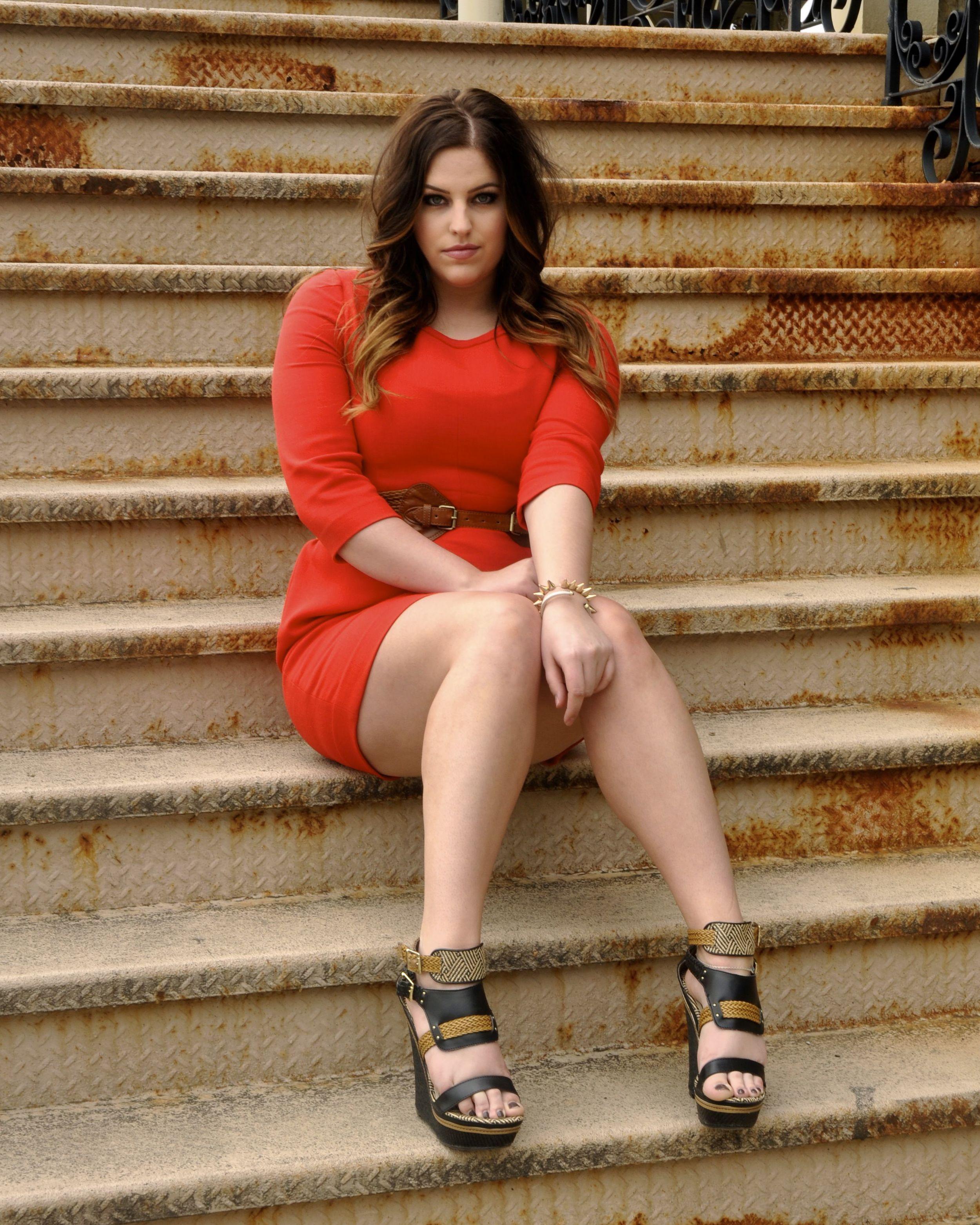 Model: Hannah Jade