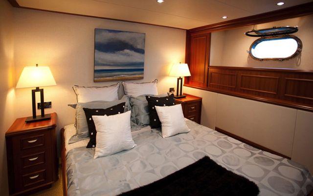 Y51303 Guest Suite.jpg