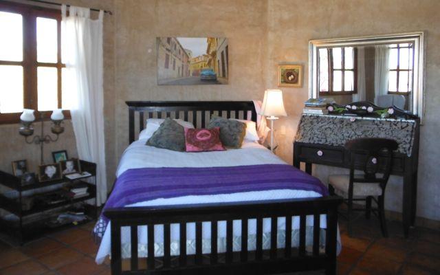 SS51301 Main House Master Bed 2.jpg