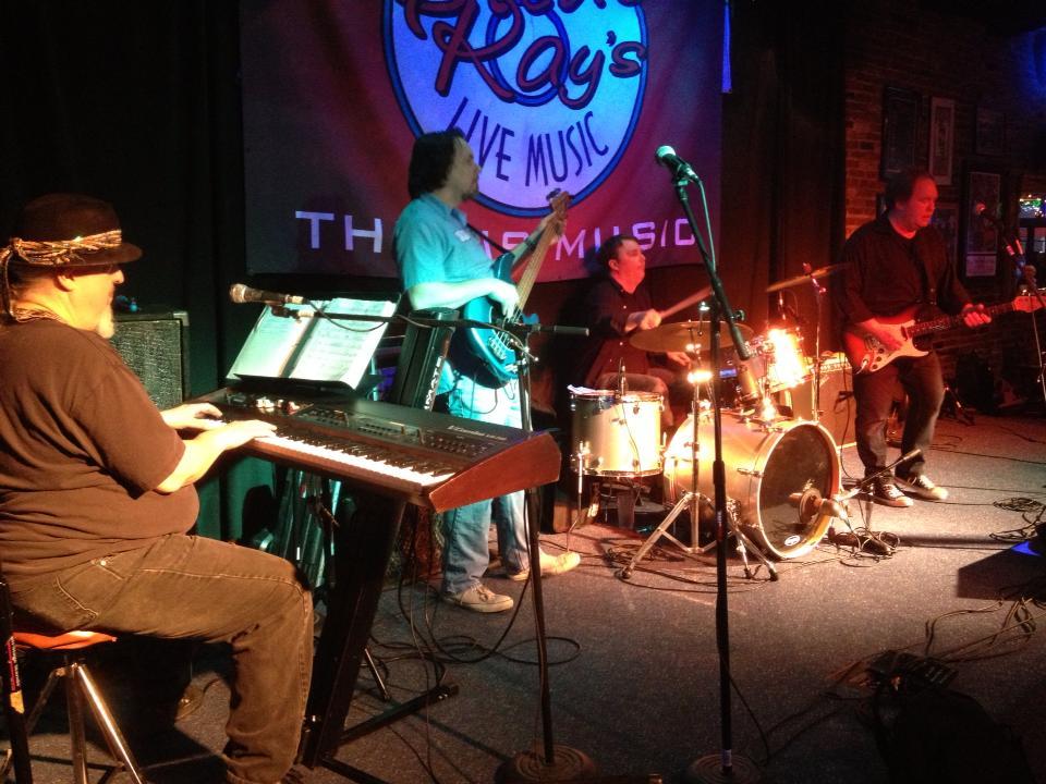 Screamin' John Trio with special guest Bob Ramsey