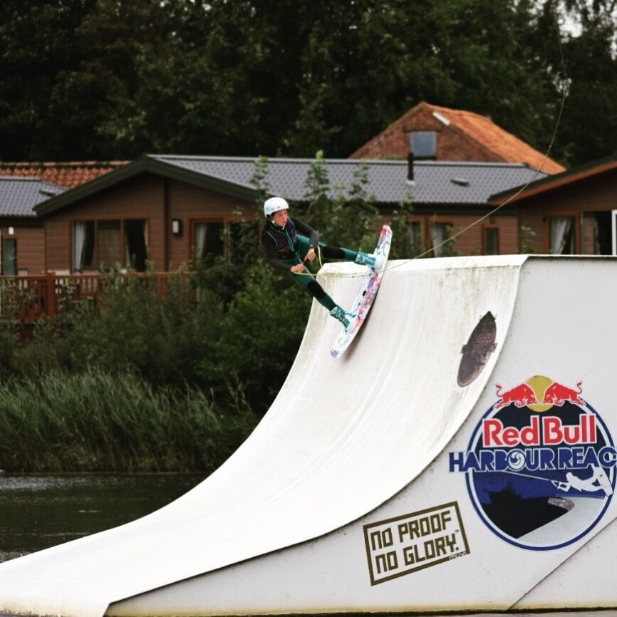 Eve Smith Lang Wakeboard.jpg