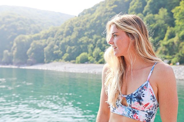 Our multi purpose bikini top is designed for surf, swimming and lightweight outdoor fitness. The technology in our fabric supports it to feel soft for superior comfort, whilst offering delicate back straps for ultimate style. 🏄♀️ @lucycsurf  #islandfeather #findyourfreedom . . . . . . . . . #sports #sportswear #technology #fitness #freedom #happy #healthy #life #surf #livethesearch #hope #belief #opportunities #dream #dreambig #ocean #outdoors #travel #doyoutravel #world