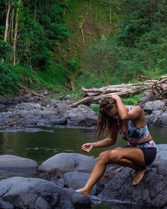 Our multi purpose sports bra/ bikini top is designed for surf, swimming and outdoor adventures. Our flexible light weight technology technology feels soft for superior comfort and offers a thick band and racer back for ultimate support. 🧜🏼♀️ @poe_nlpe  #islandfeather #findyourfreedom . . . . . . . . . #sports #sportswear #sportsbra #bikini #fitness #product #productdesign #productdevelopment #freedom #happy #healthy #life #outdoors #travel #doyoutravel #world #swim #explore #roam #wilderness