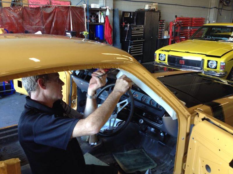 Valiant Charger Restoration Classic Car Muscle Car - Brisbane Queensland - Ol school garage (2).jpg