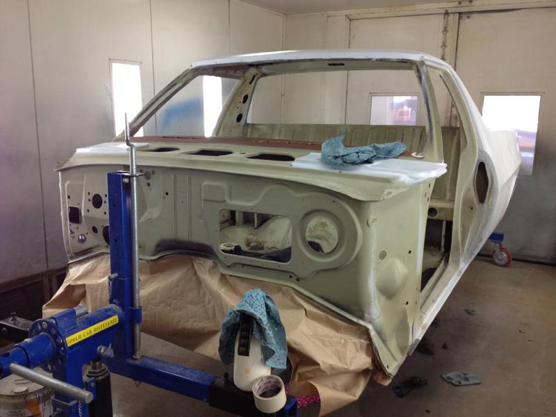 76 HJ Holden Kingswood Sandman ol school garage 1 (43).jpg
