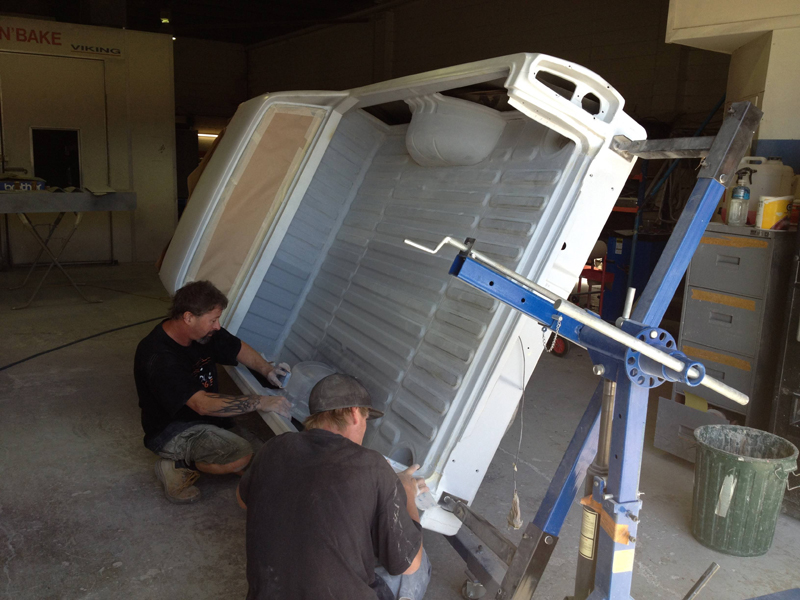 76 HJ Holden Kingswood Sandman ol school garage 1 (83).jpg