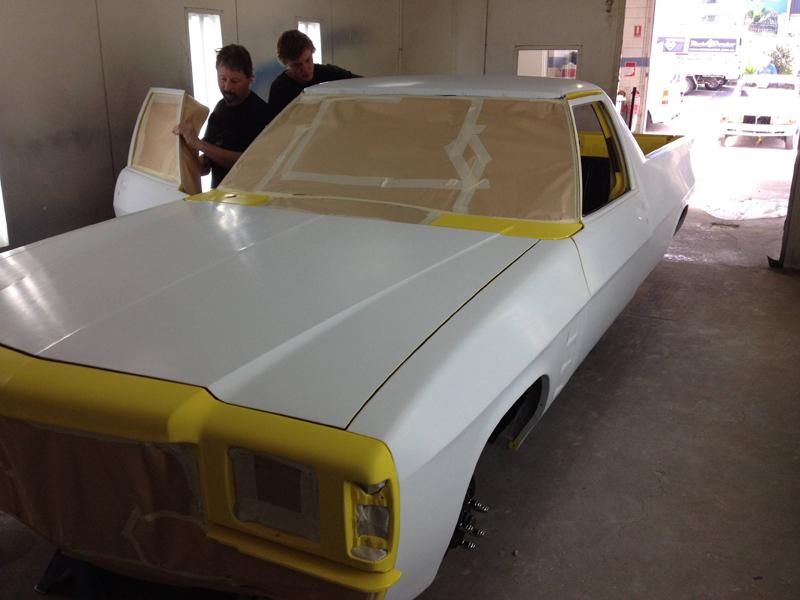 1976 HJ Holden Kingswood Sandman ol school garage restoration (14).jpg