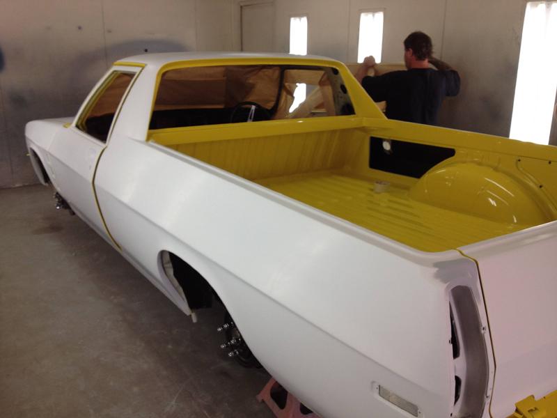 1976 HJ Holden Kingswood Sandman ol school garage restoration (15).jpg