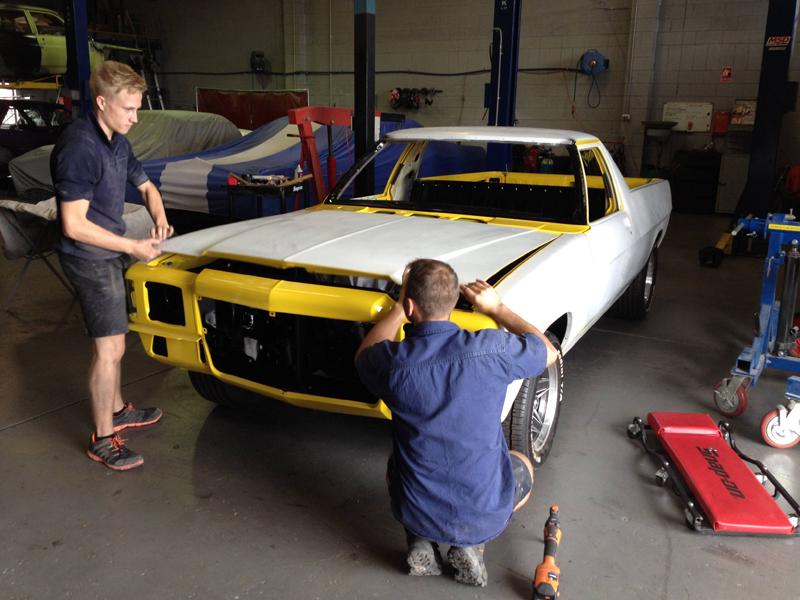 1976 HJ Holden Kingswood Sandman ol school garage restoration (9).jpg