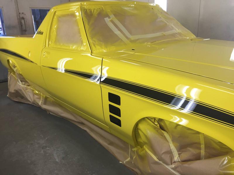 1976 HJ Holden Kingswood Sandman ol school garage restoration (23).jpg