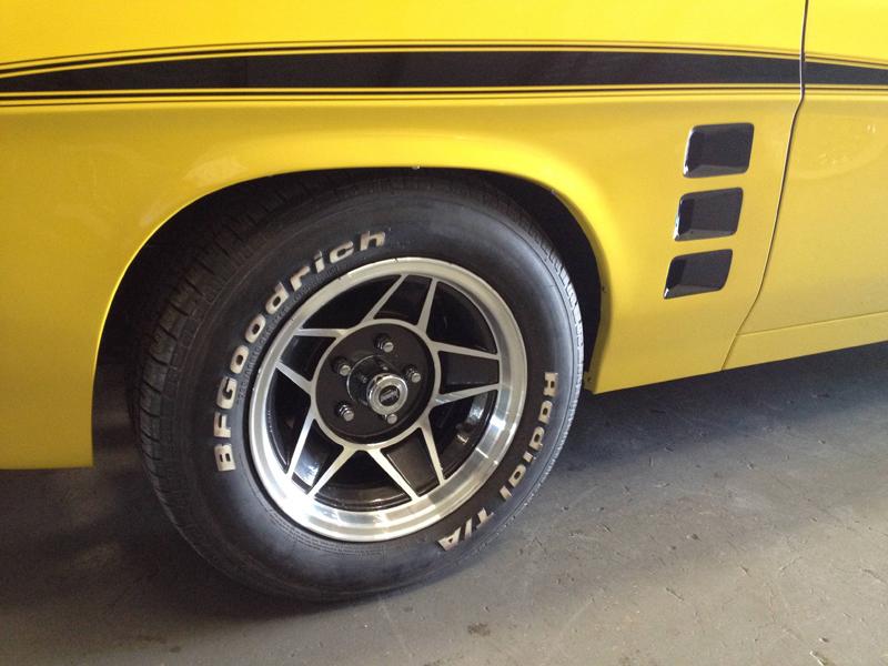 1976 HJ Holden Kingswood Sandman ol school garage restoration (36).jpg