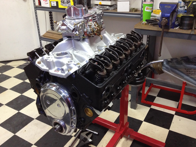small block chev rebuild 293ci ol school garage (4).jpg