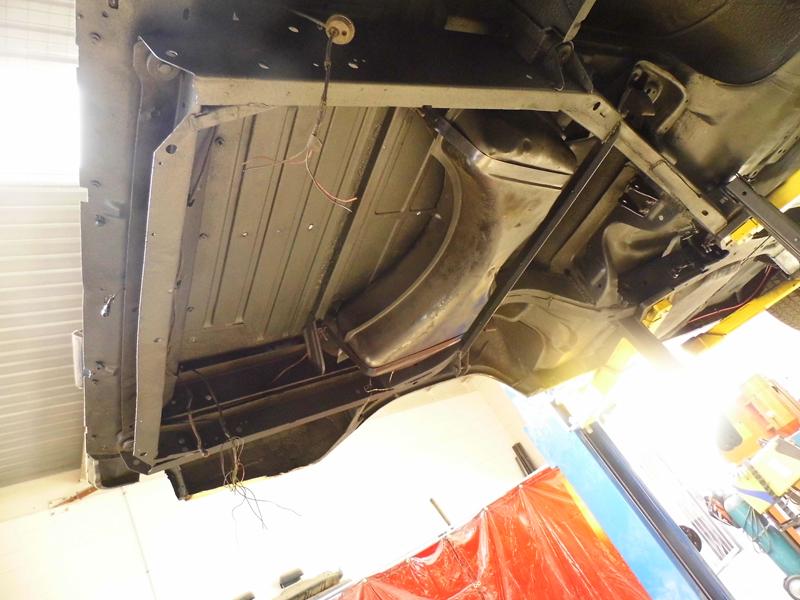 1960 Chevrolet El Camino Restoration - Ol' School Garage (150).jpg