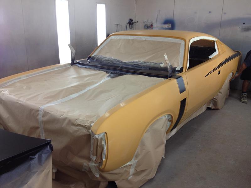 1971 VH RT Charger - Restoration - Ol' School Garage (31).jpg