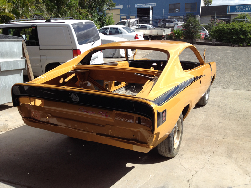 1971 VH RT Charger - Restoration - Ol' School Garage (52).jpg
