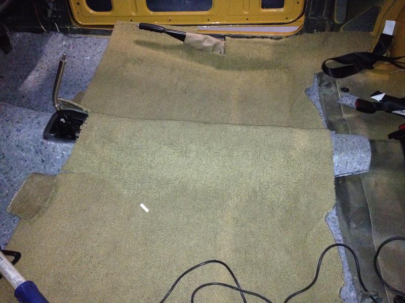 Charger RT VH Valiant - Restoration - Ol' School Garage (26).jpg