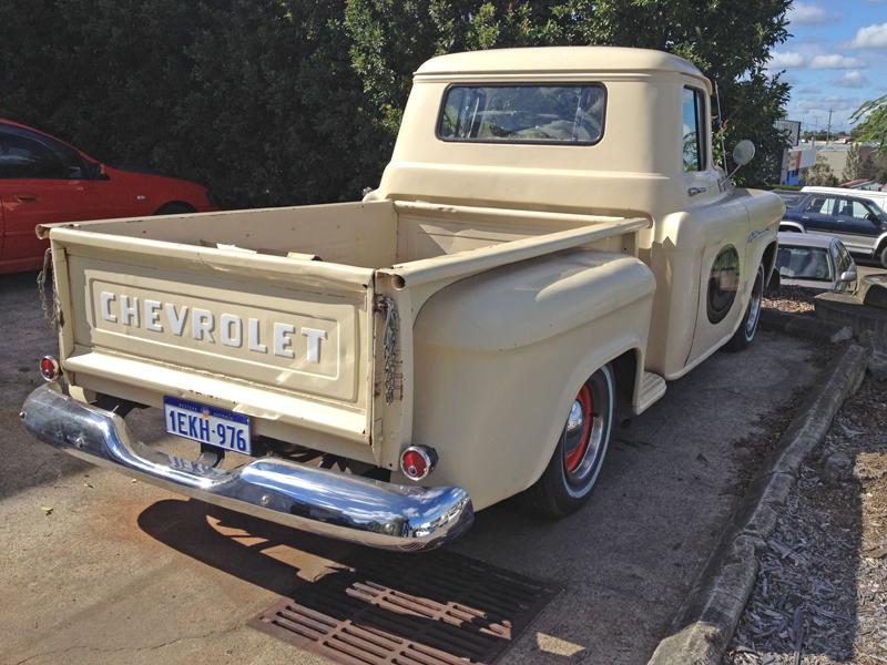 1955 Chevrolet Pickup Trick Restoration - Ol' School Garage (4).jpg