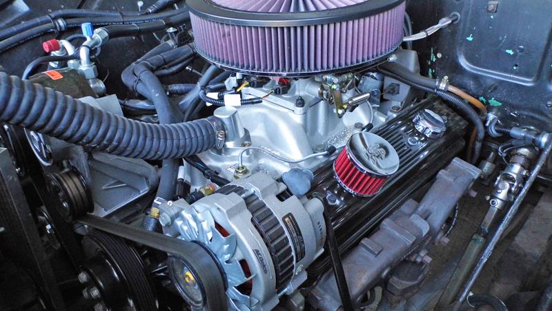 1955 Chevrolet Pickup Trick Restoration - Ol' School Garage (10).jpg