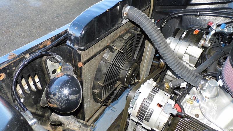 1955 Chevrolet Pickup Trick Restoration - Ol' School Garage (11).jpg