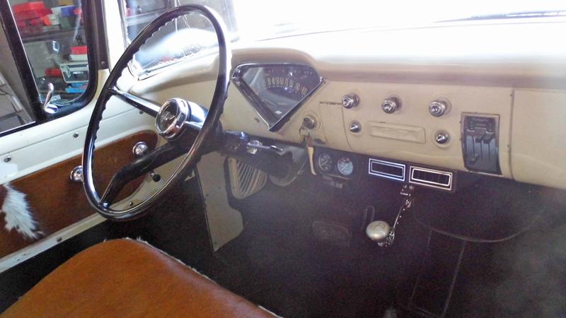 1955 Chevrolet Pickup Trick Restoration - Ol' School Garage (16).jpg