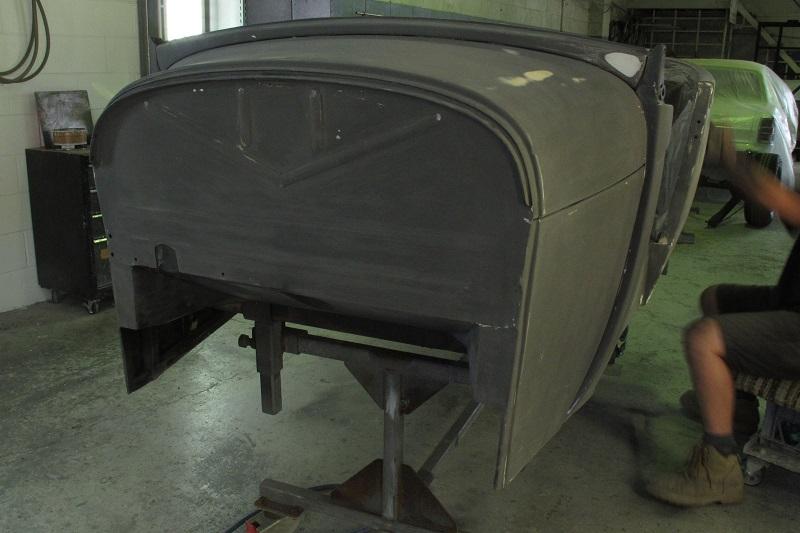 1929 Ford Model A Roadster - Hot Rod Build - Ol' School Garage (14).JPG