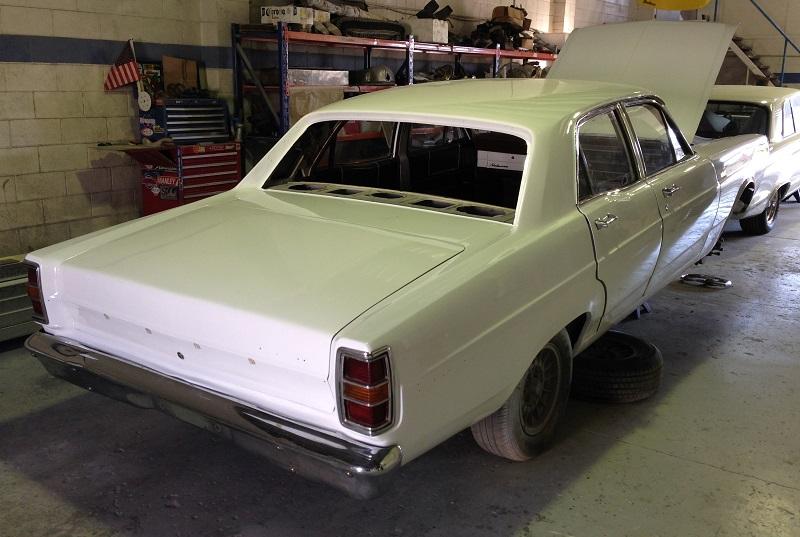 1970 Ford ZD Fairlane (5).JPG