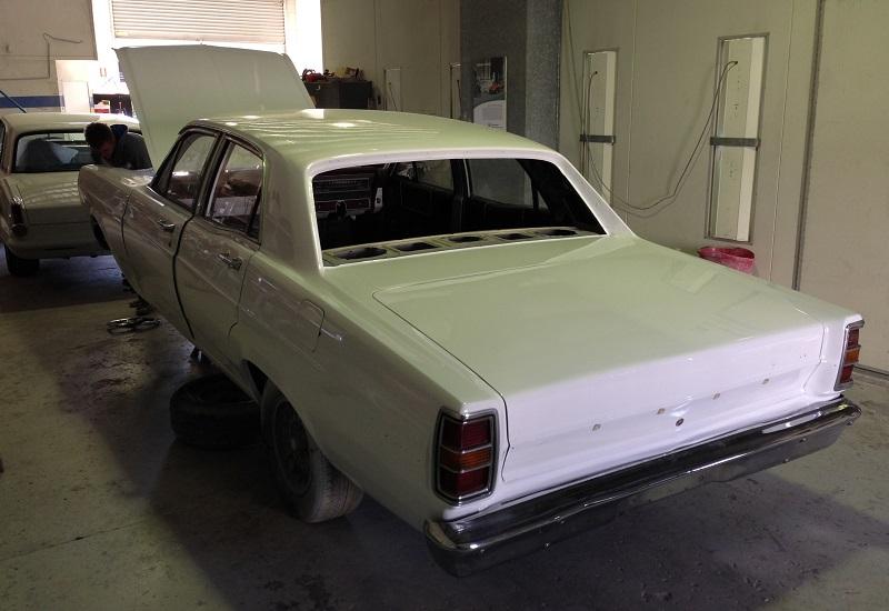 1970 Ford ZD Fairlane (6).JPG