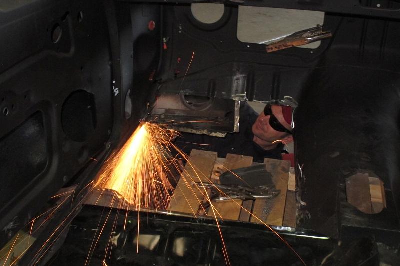 Holden Ute Restoration - Ol' School Garage (14).JPG