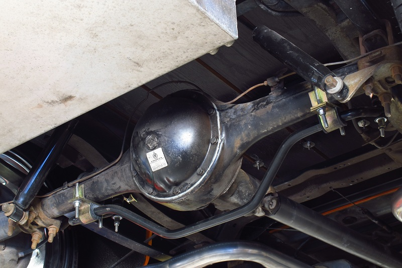 55chev pickup differential.jpg