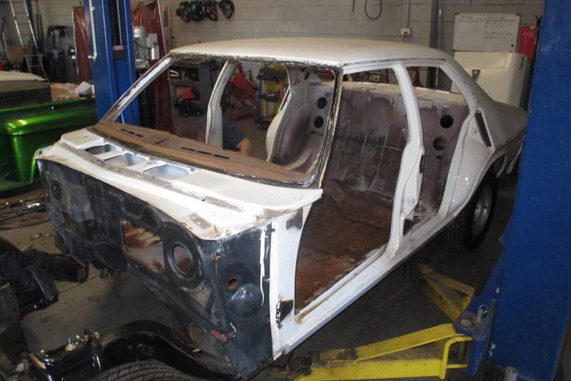 1974 HQ Kingswood Sedan Restoration (65).jpg