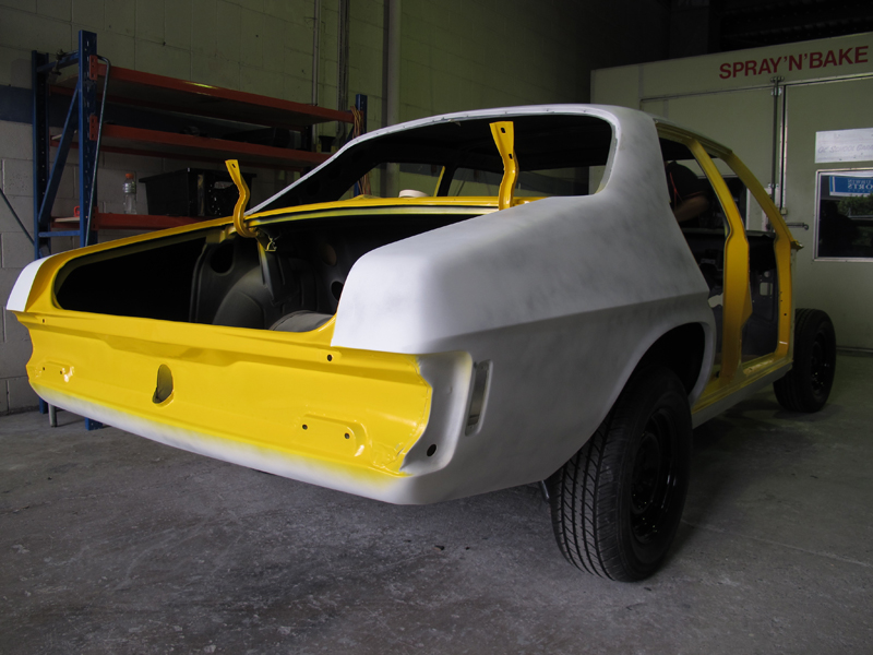 Holden HQ Chrome Yellow (4).jpg