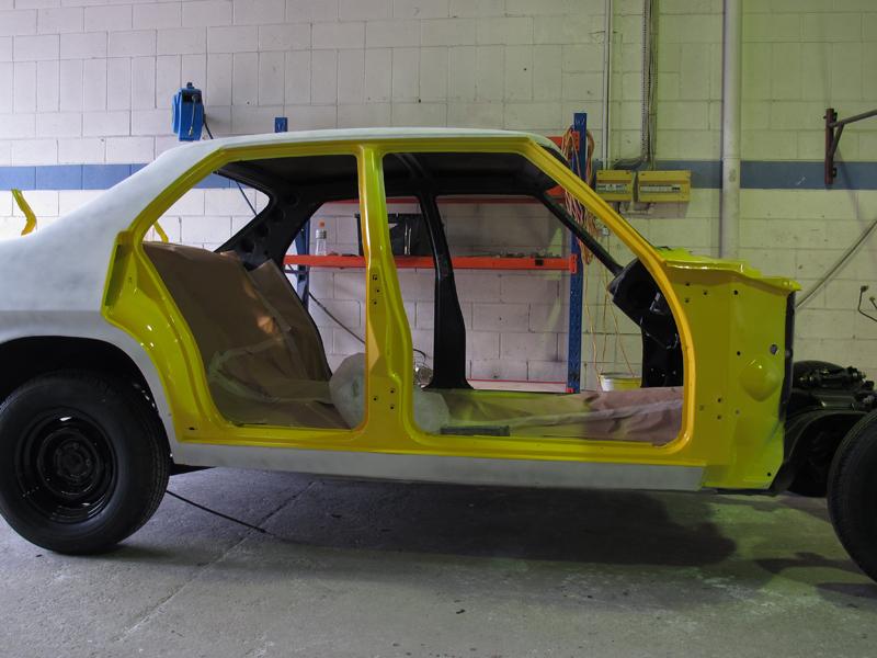 Holden HQ Chrome Yellow (6).jpg