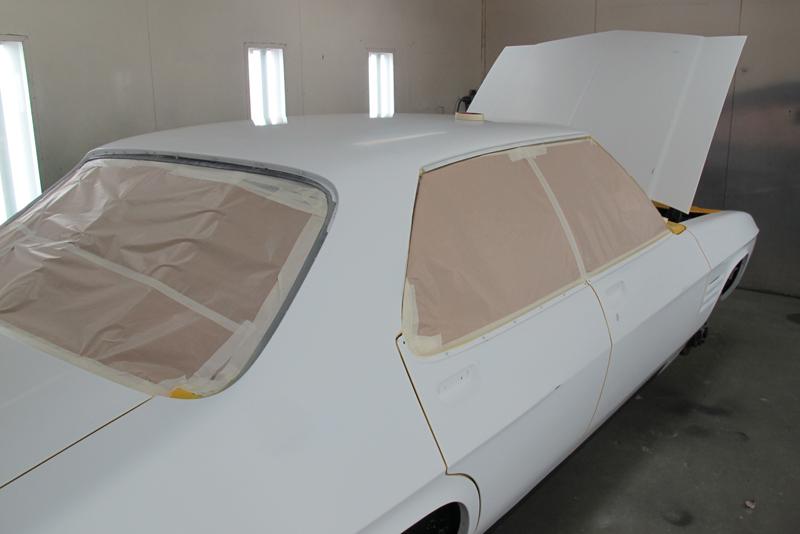 Chrome Yellow GTS HOlden HQ Sedan (20).jpg