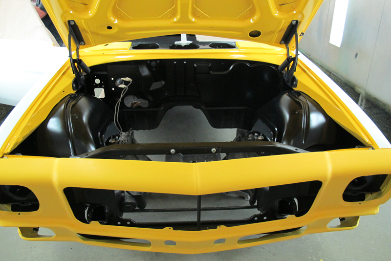 Chrome Yellow GTS HOlden HQ Sedan (3).jpg