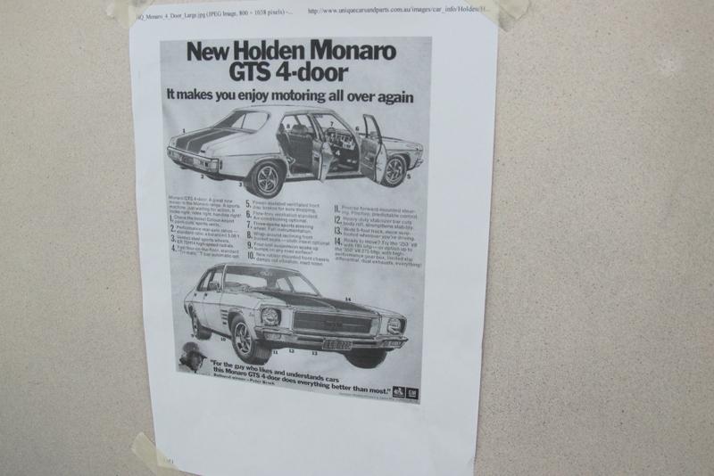 Holden HQ Sedan yellow with GTS stripes (63).jpg
