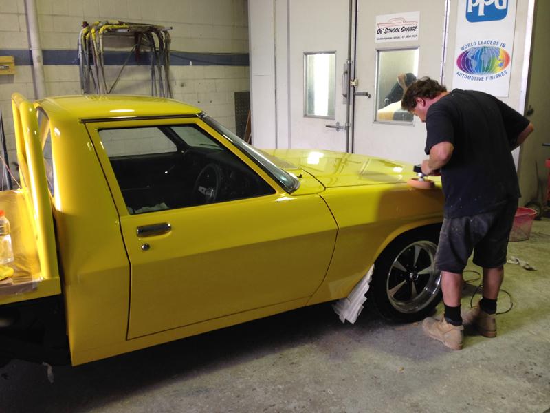 Holden HJ 1 tonner ute - restoration (7).jpg