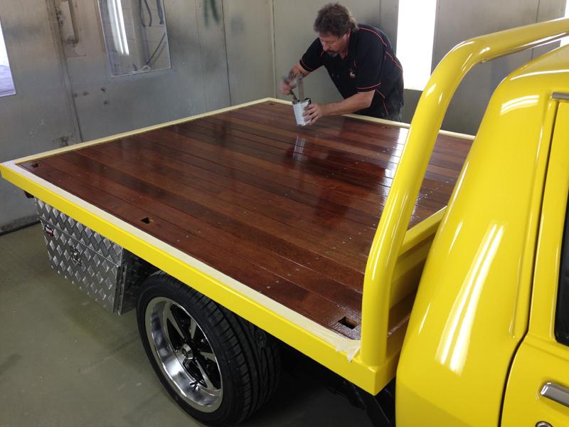 Holden HJ 1 tonner ute - restoration (11).jpg