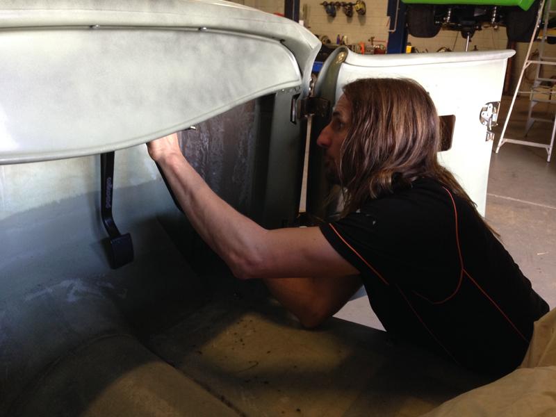 Ol' School Garage - 32 Roadster Hot Rod Build - Australia (3).jpg