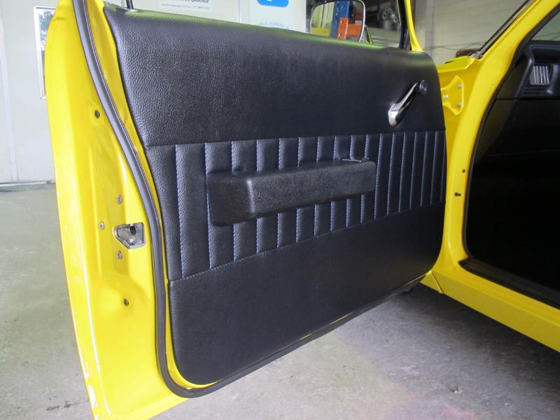 HJ Holden Ute - One Tonner Yellow (10).jpg
