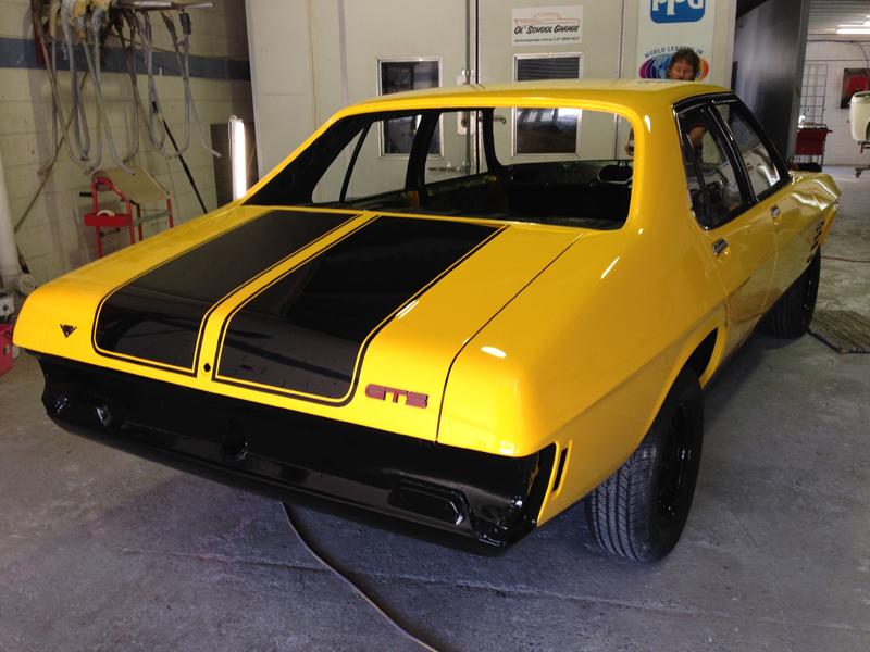 HQ Holden Sedan Restoration - by Ol' School Garage Queensland  (20).jpg