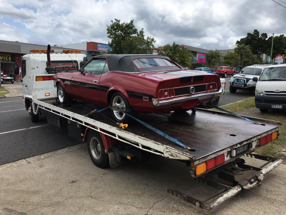 Lloyds Classic Car Auction - Gold Coast Australia (2).jpg